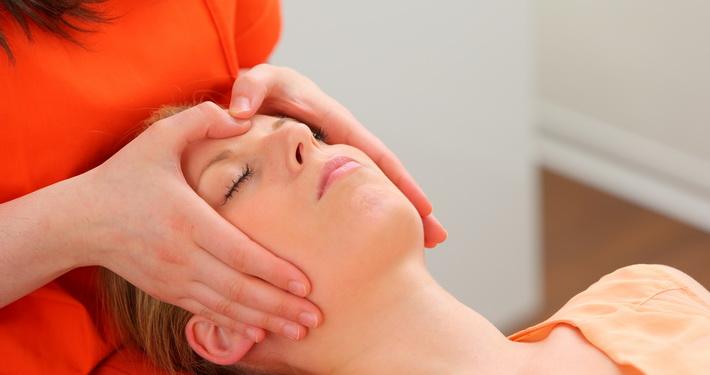 Kiefergelenksmassage Prophylaxe Zentrum für Zahngesundheit, Bühl